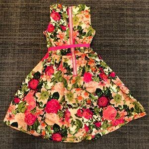 Beautiful pink floral belted Eliza J dress